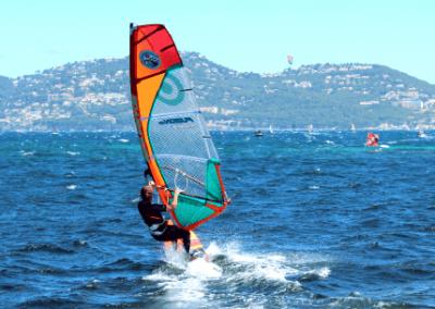 Windsurf-accueil-spinout-windsurf-almanarre-giens-hyeres-mer-france1-compressor