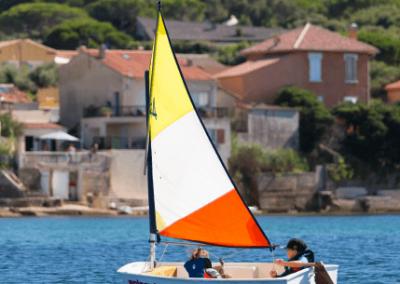 stage-optimist-accueil-spinout-windsurf-almanarre-giens-hyeres-mer-france1-compressor